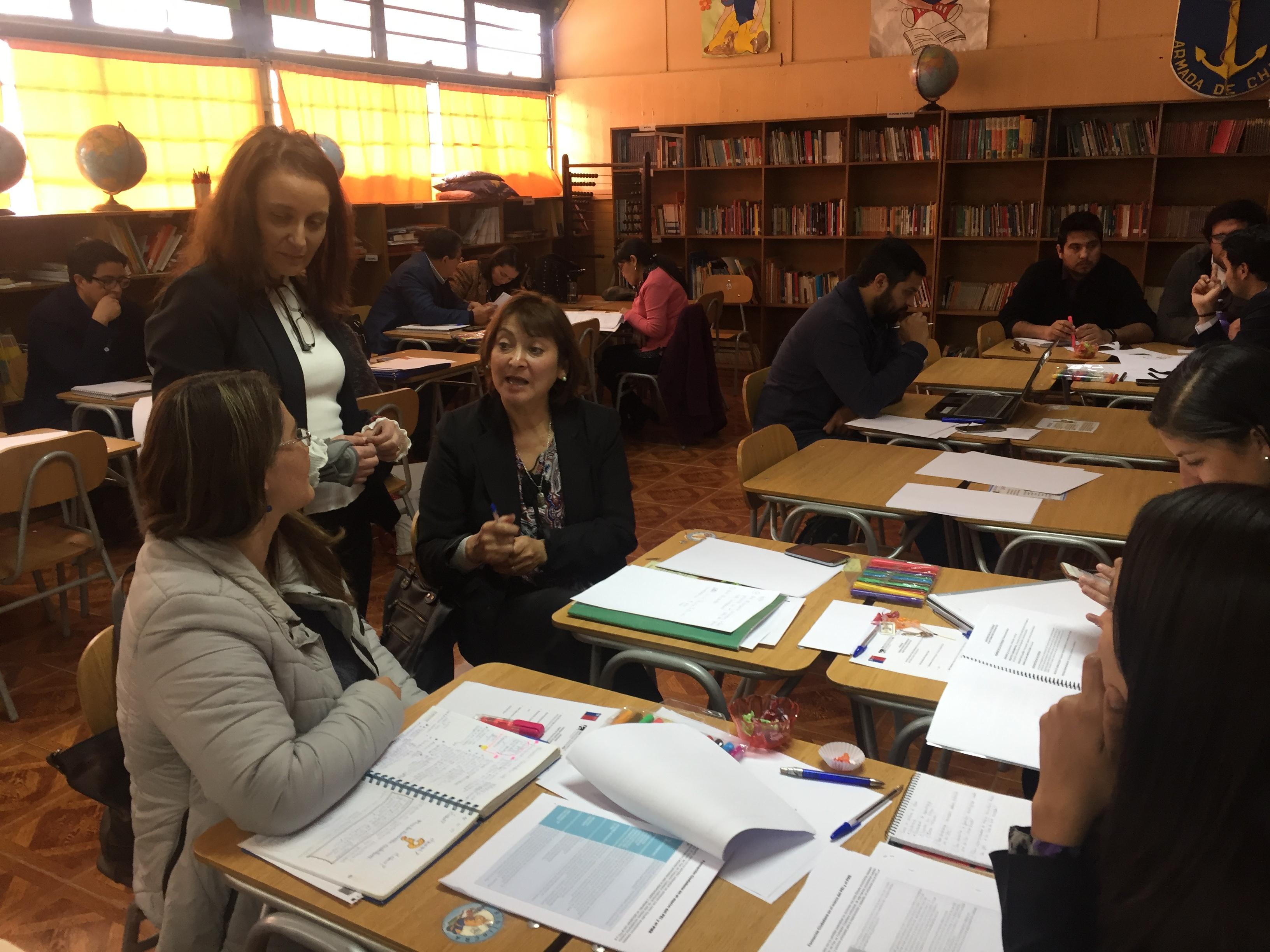 Docentes de la provincia del Huasco se capacitan en formación ciudadana