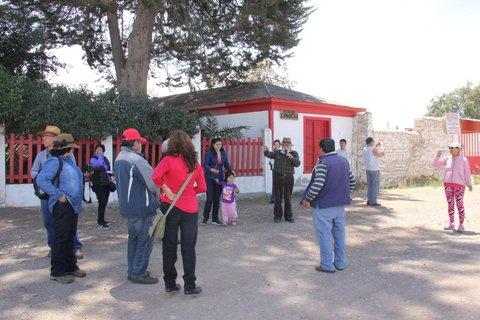 Comité Cultural de Algarrobo realizó recorrido por lugares historicos de Vallenar