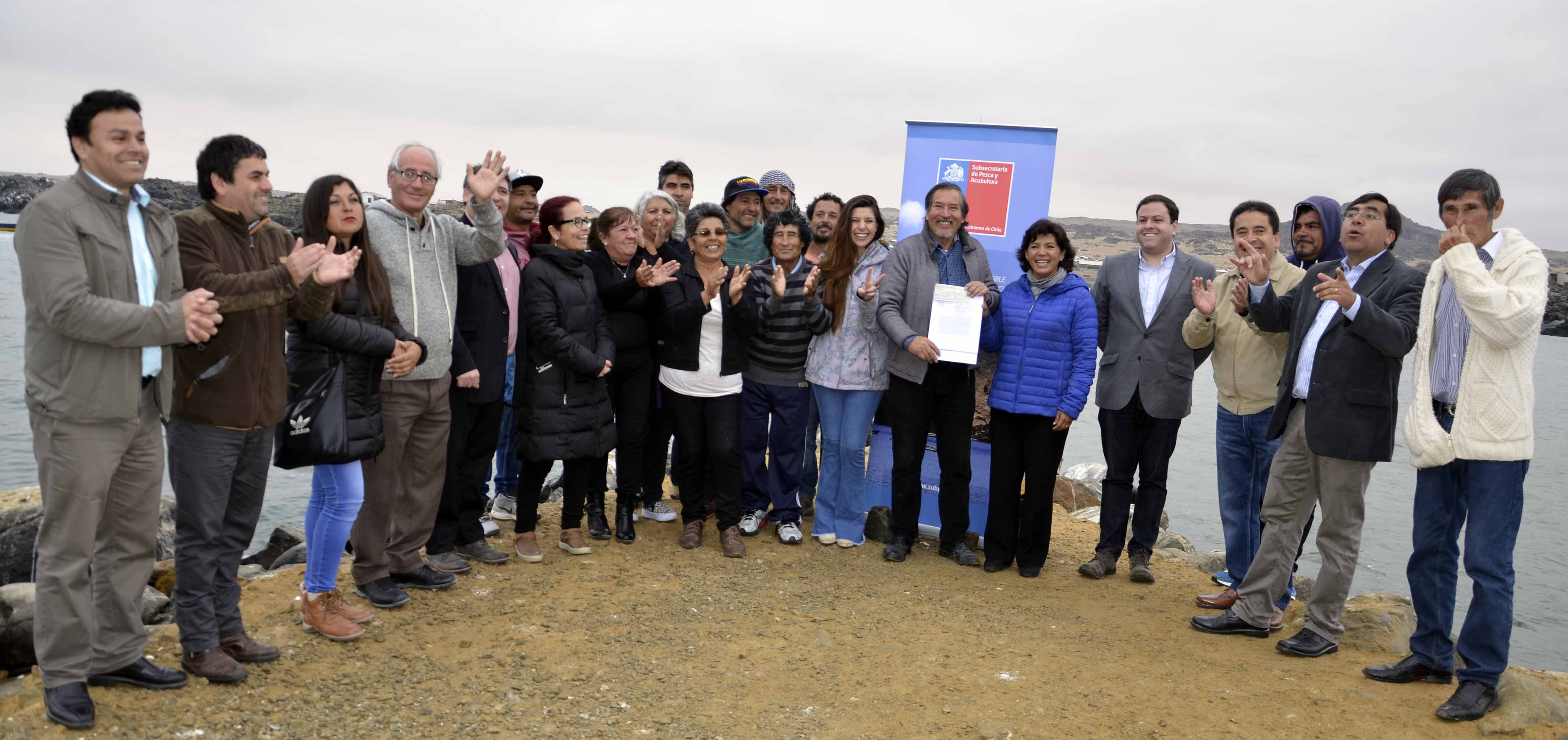 Tres caletas de Atacama contarán con plantas móviles de agua desalinizada gracias al apoyo del Gobierno