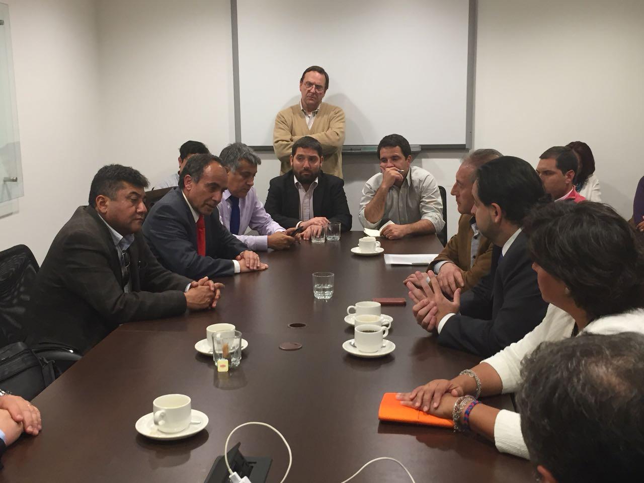 Empresarios de Vallenar en pie de  Guerra contra InterChile por no pago de servicios