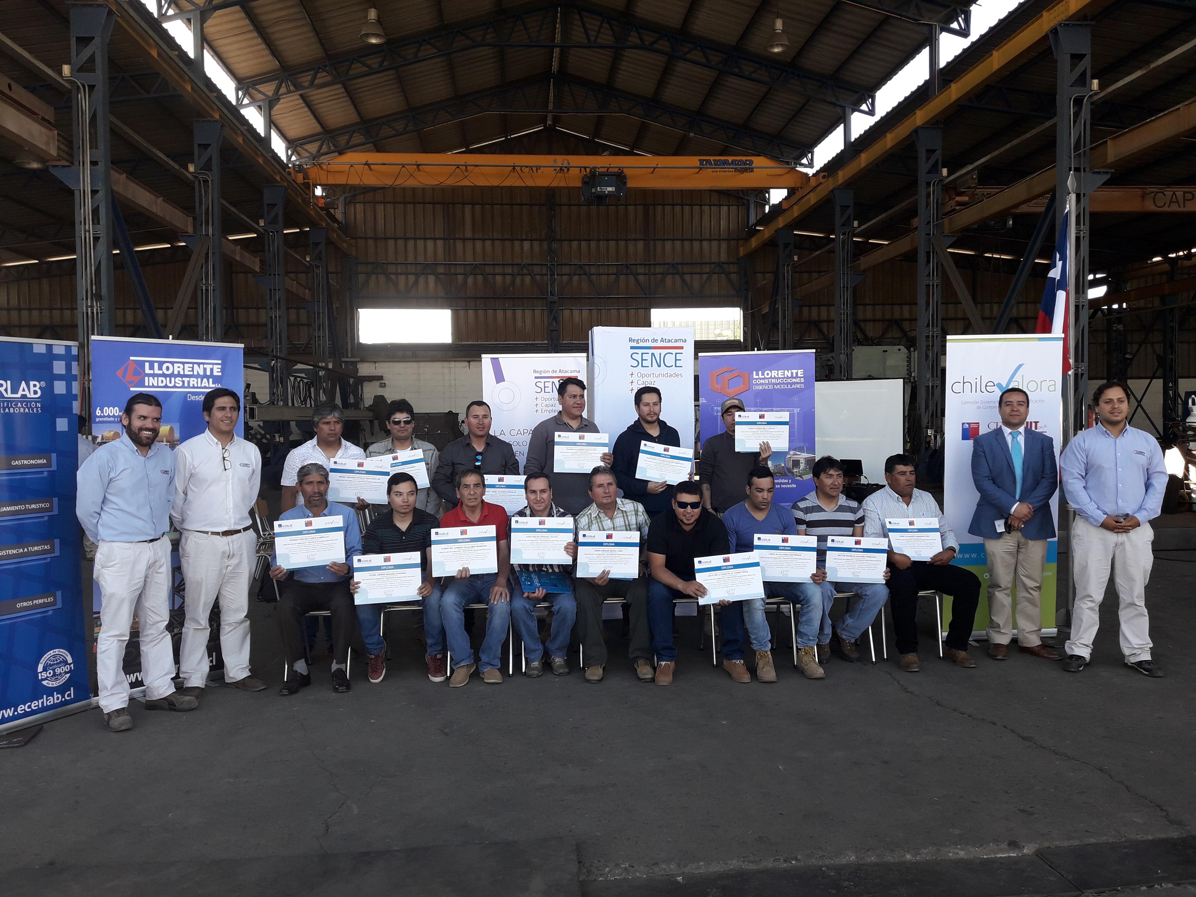 50 Trabajadores de Atacama obtienen certificado de competencias laborales en montador de estructuras