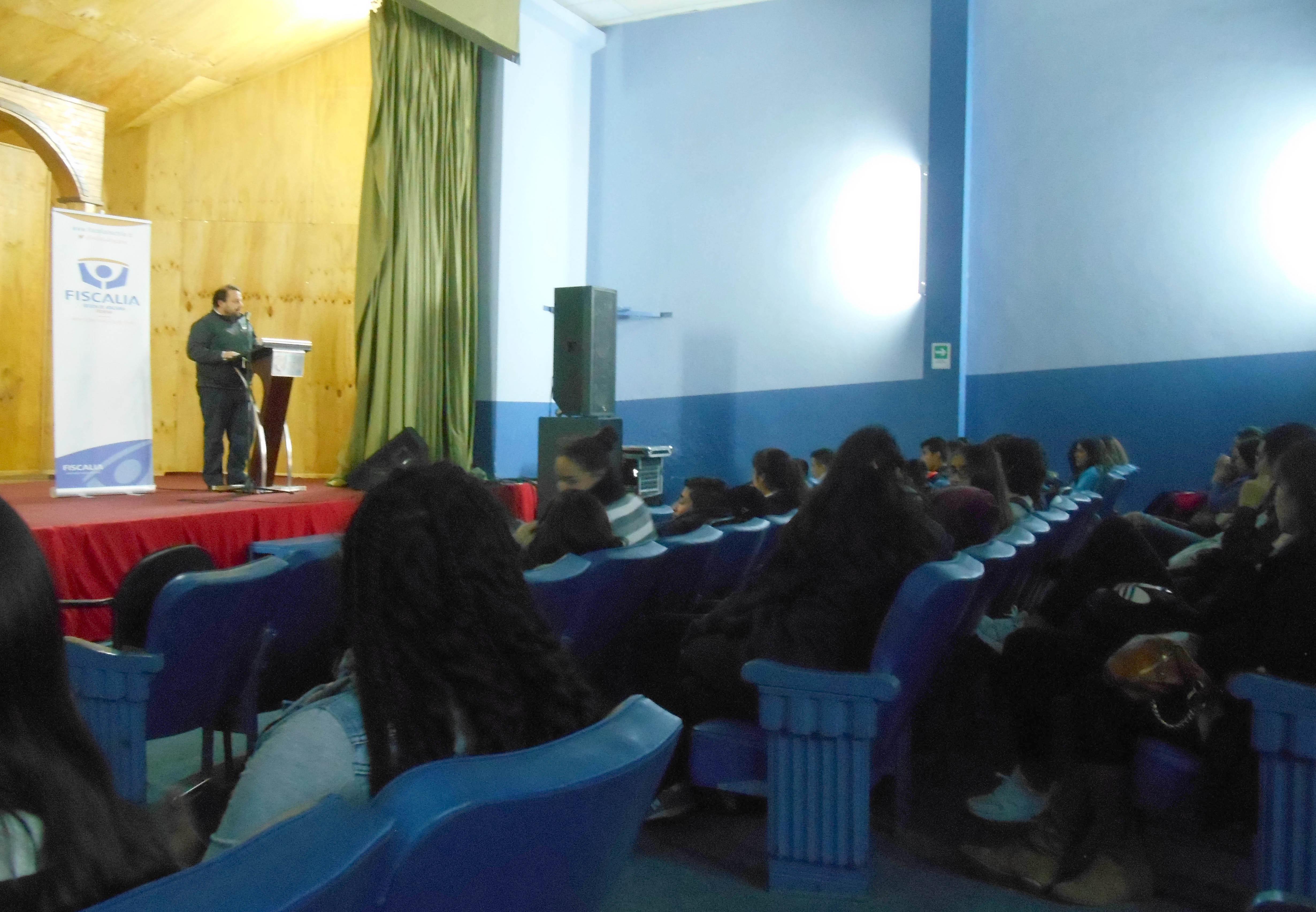 Fiscalía sostiene diálogo con estudiantes  de educación media en Freirina