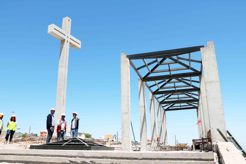 90% de avance en las obras de Cruz de Mayo en Vallenar