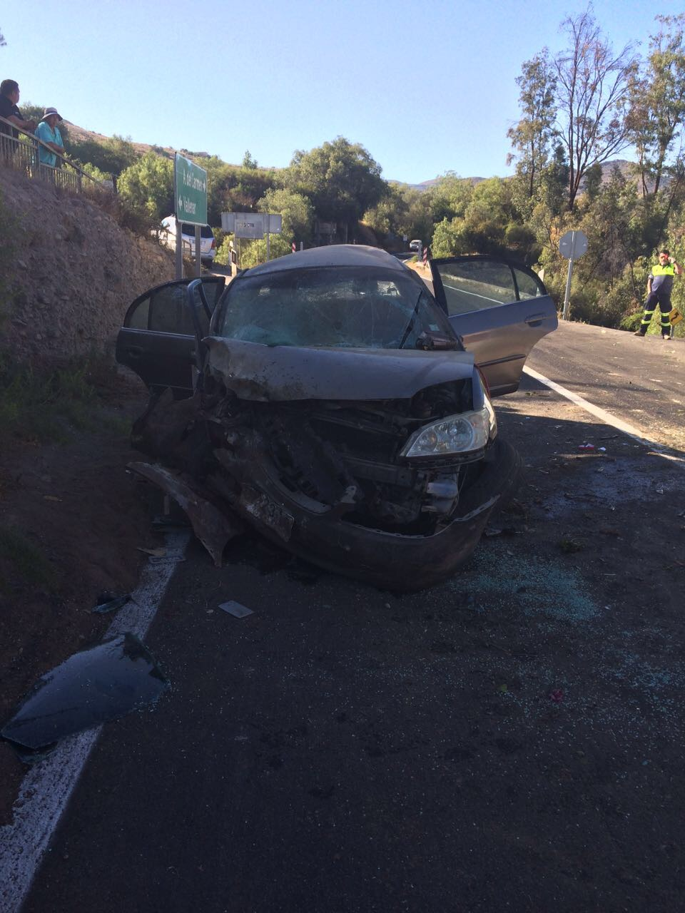 Accidente deja a tres personas graves en Vallenar