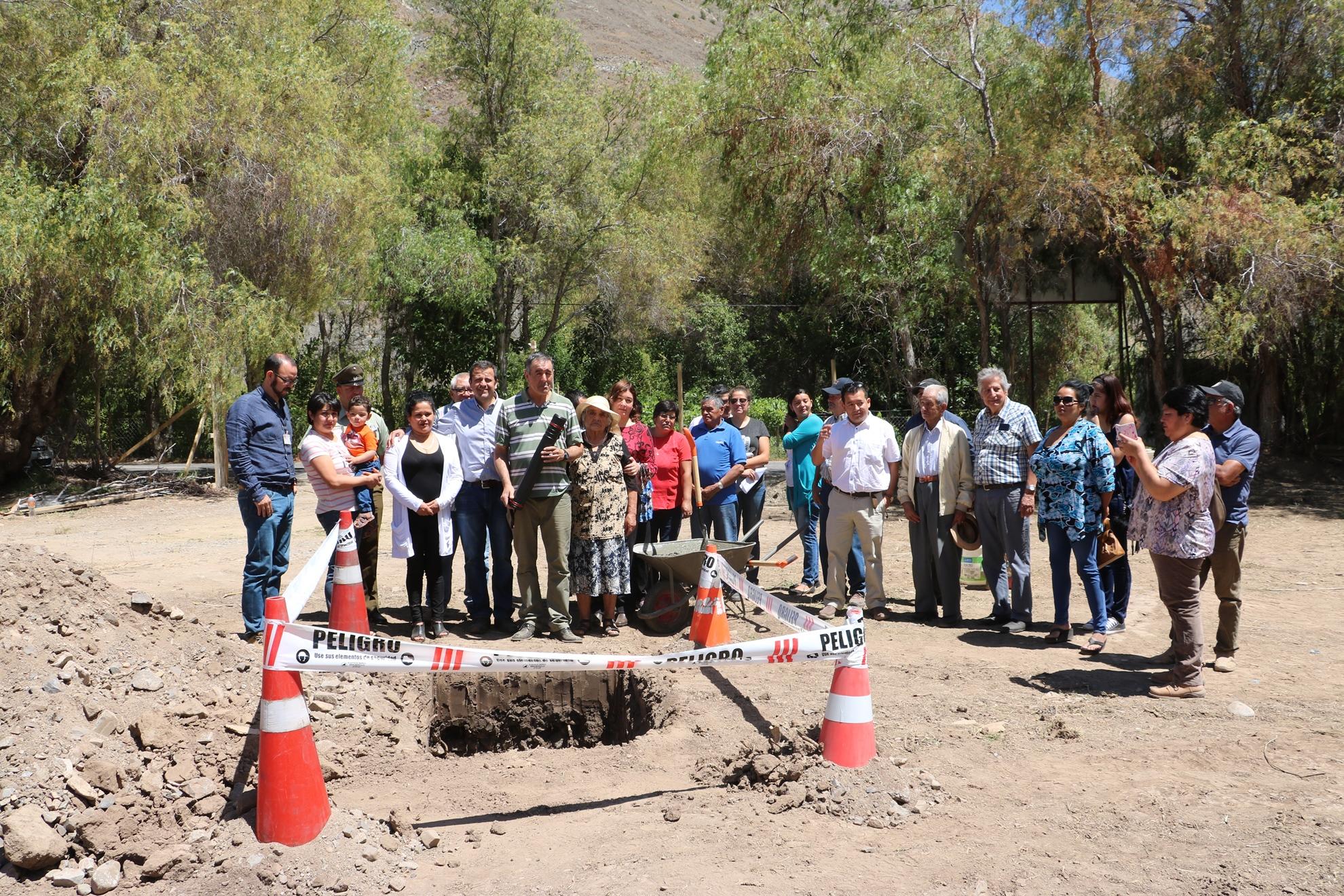 Familias de San Félix felices por el inicio de la construcción de sus viviendas Minvu