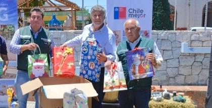 INDAP y SAG celebraron la Navidad regalando obsequios a menores de Freirina