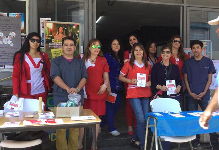 Hospital Provincial del Huasco toma exámenes de VIH SIDA en feria informativa