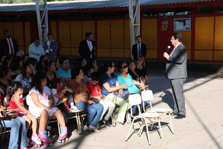 Vecinos de población Rafael Torreblanca piden más presencia policial y un retén para el sector