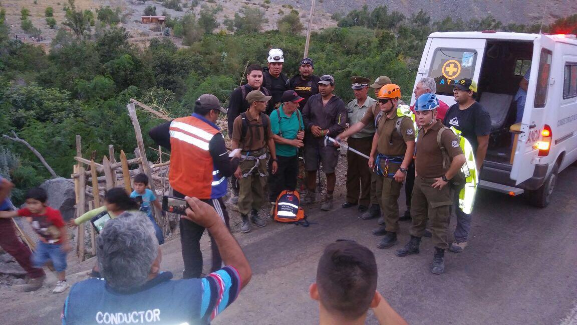Tras 10 horas de búsqueda Carabineros rescata a turista extraviado en cordillera altina