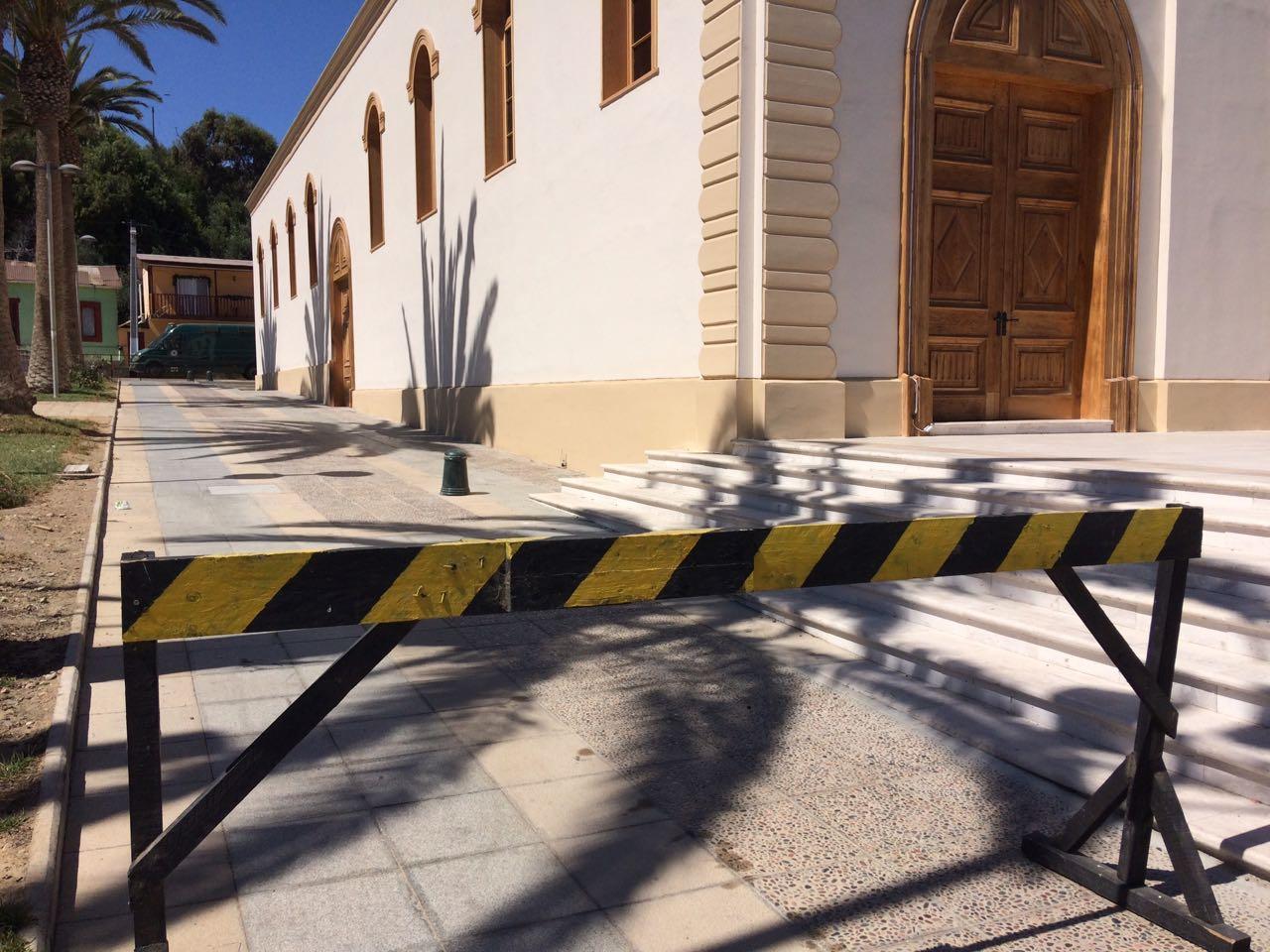 Iglesia Santa Rosa de Freirina ya tiene sus primeros daños a menos de un mes de entregada a comunidad