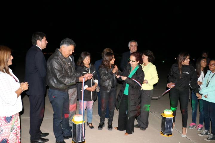 Aeródromo de Vallenar cuenta con nuevo sistema de iluminación nocturna