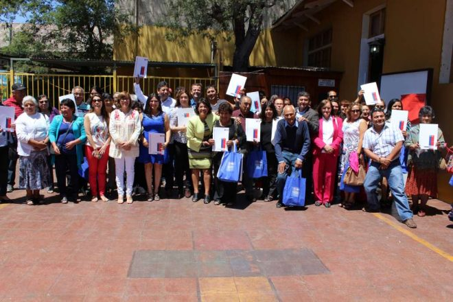 Bienes Nacionales transfiere terrenos a 150 familias de El Jilguero para que reciban sus títulos de dominio
