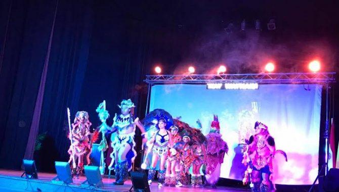 Conjunto de recreación y proyección folclórica Tikay Waynakay se presenta en Vallenar