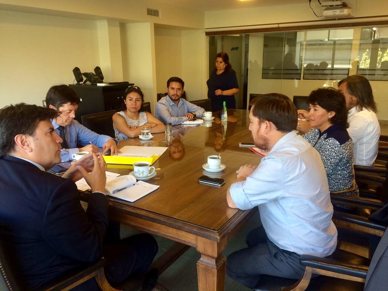 Provoste y autoridades de Atacama se reúnen  con la SISS y piden máximas sanciones para Aguas Chañar