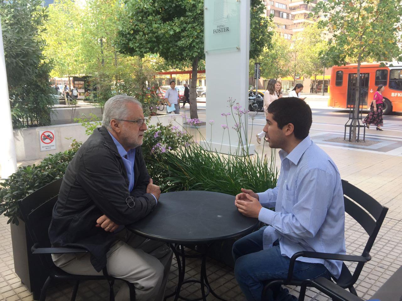 Diputado electo Juan Rubén Santana se reúne con ex ministro de Energía