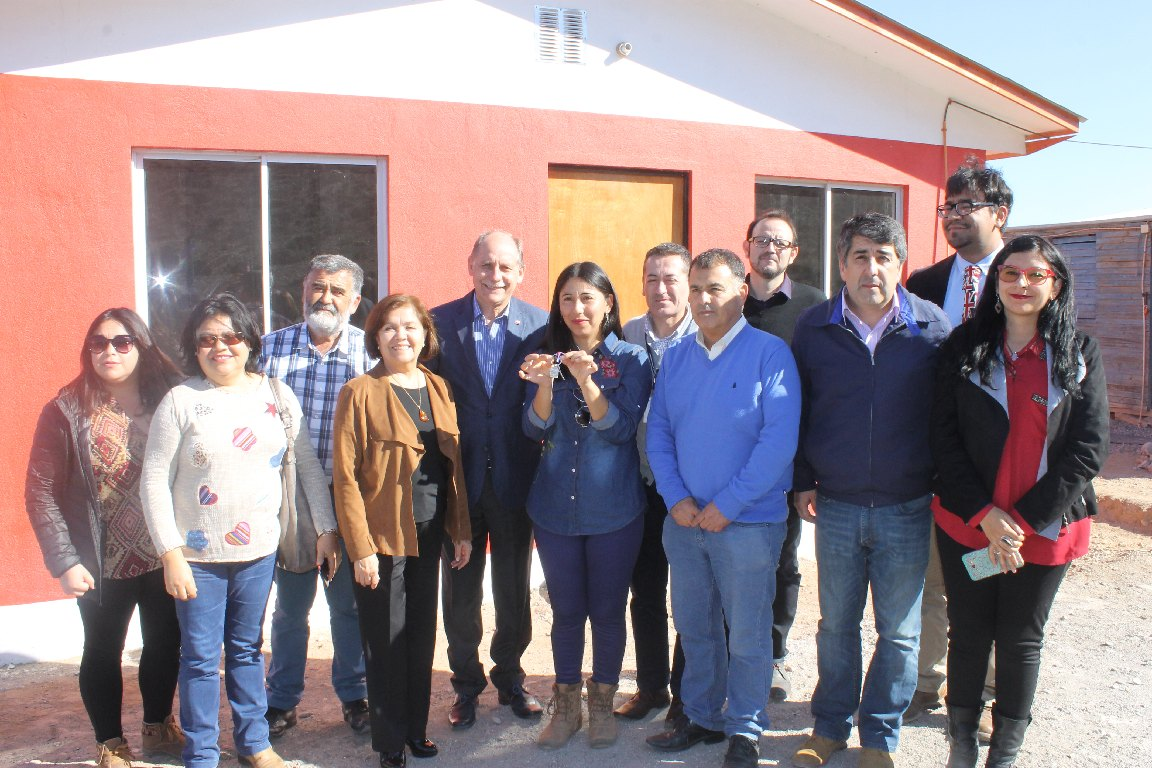 Entregan viviendas a familias de sectores rurales de Freirina