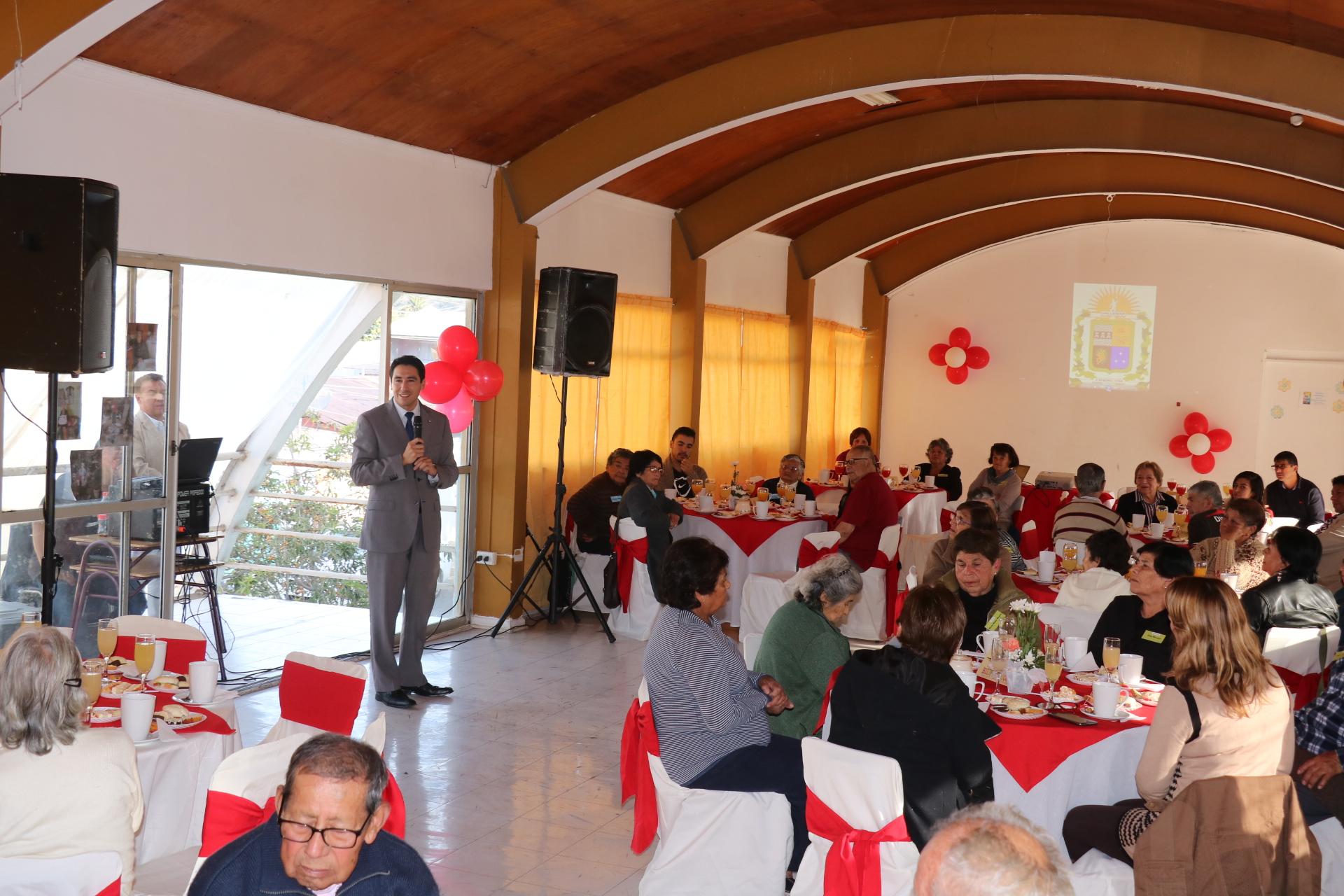 40 nuevos adultos mayores se incorporan al programa Vínculos en Vallenar
