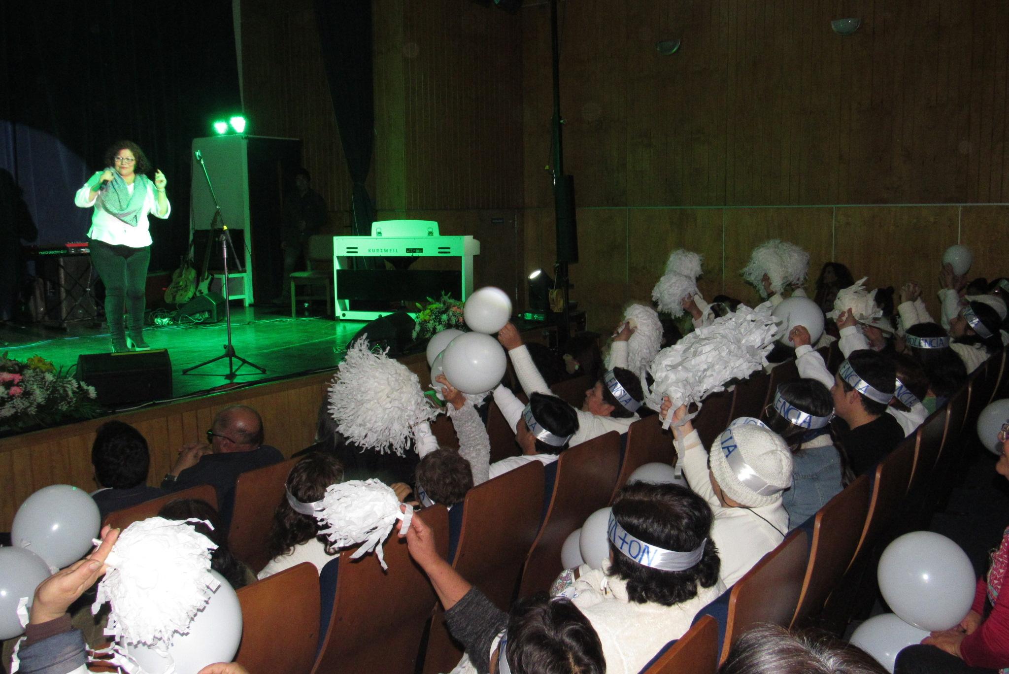 """En Huasco se realizó 1º Festival Provincial de canto """"Talento de Mujer: Alcemos la Voz Contra la Violencia"""""""
