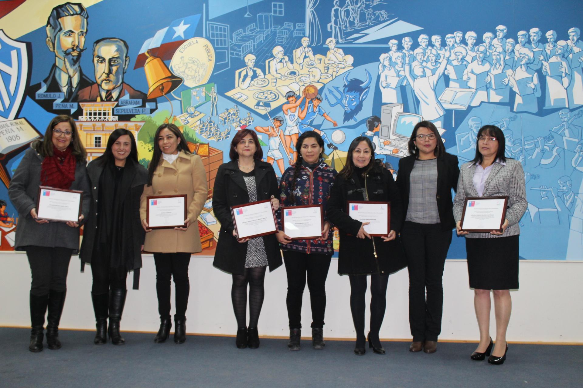 48 establecimientos de Atacama recibieron excelencia académica