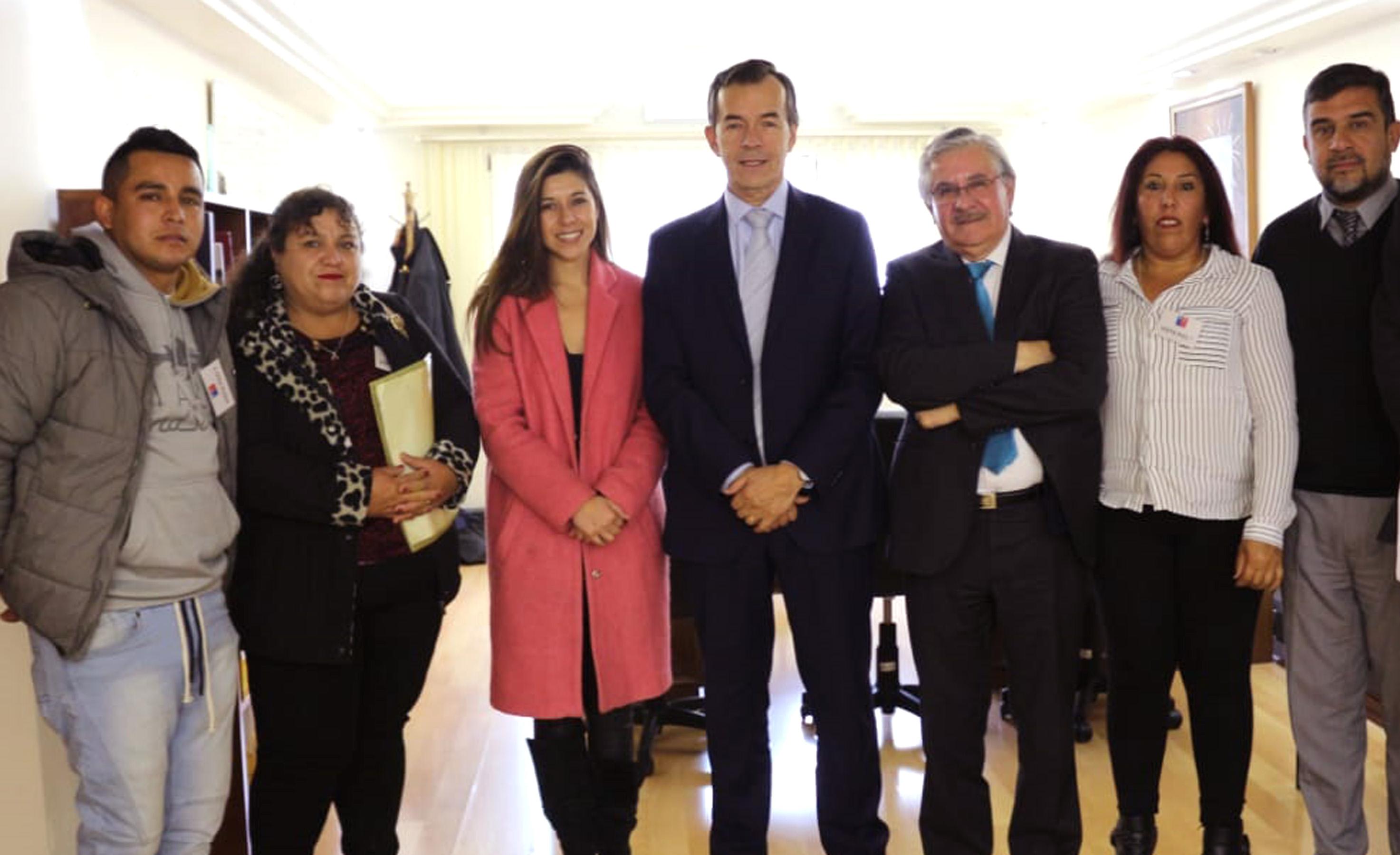 Diputada Cicardini y dirigentes de Vallenar se reúnen con coordinador nacional de concesiones por impactos de doble vía