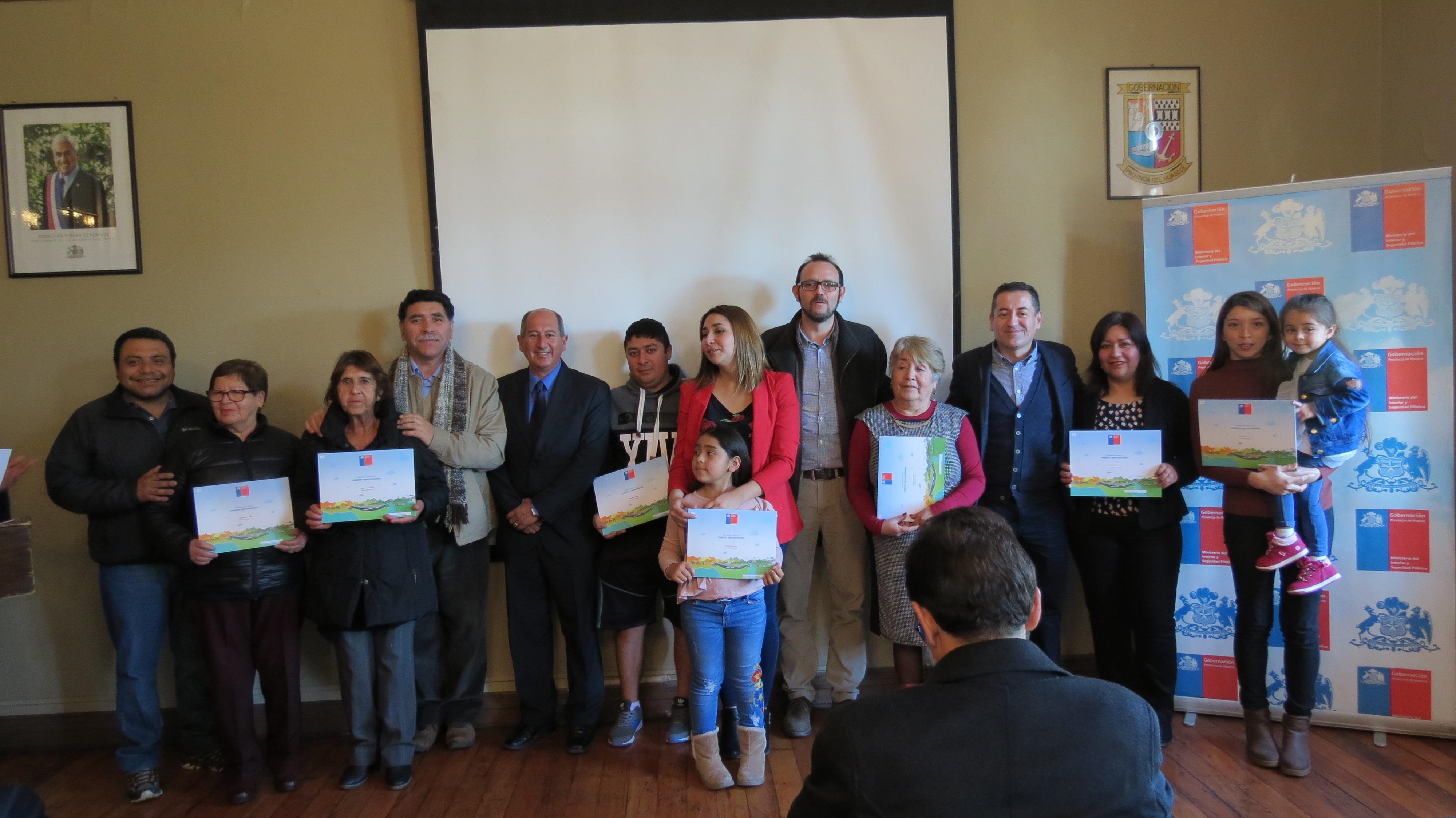 Minvu entrega 44 subsidios habitacionales a familias de sectores medios de Vallenar y Huasco