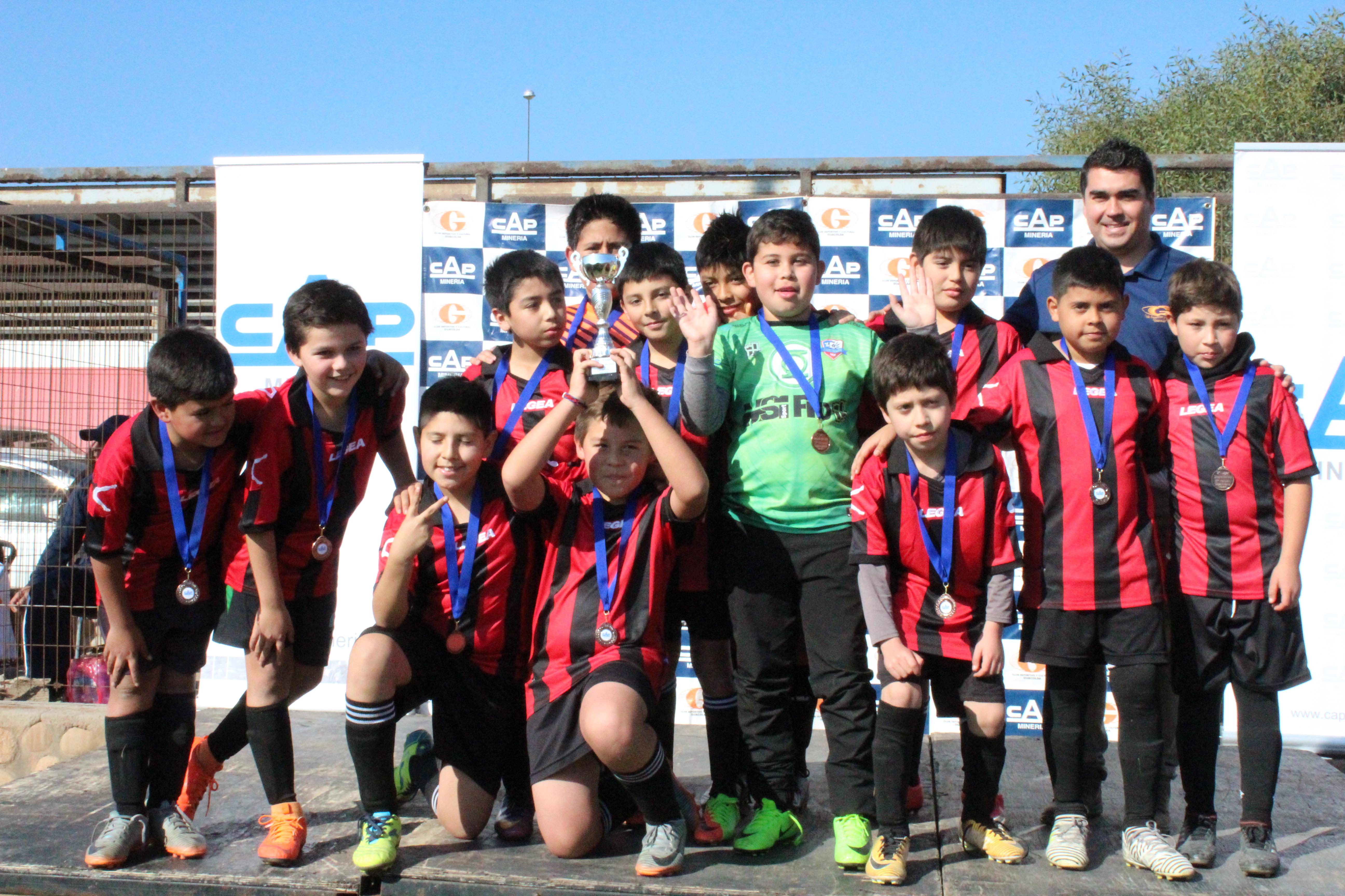 Más de 300 niños participaron en la 'Copa Invierno Huasco-CAP Minería'