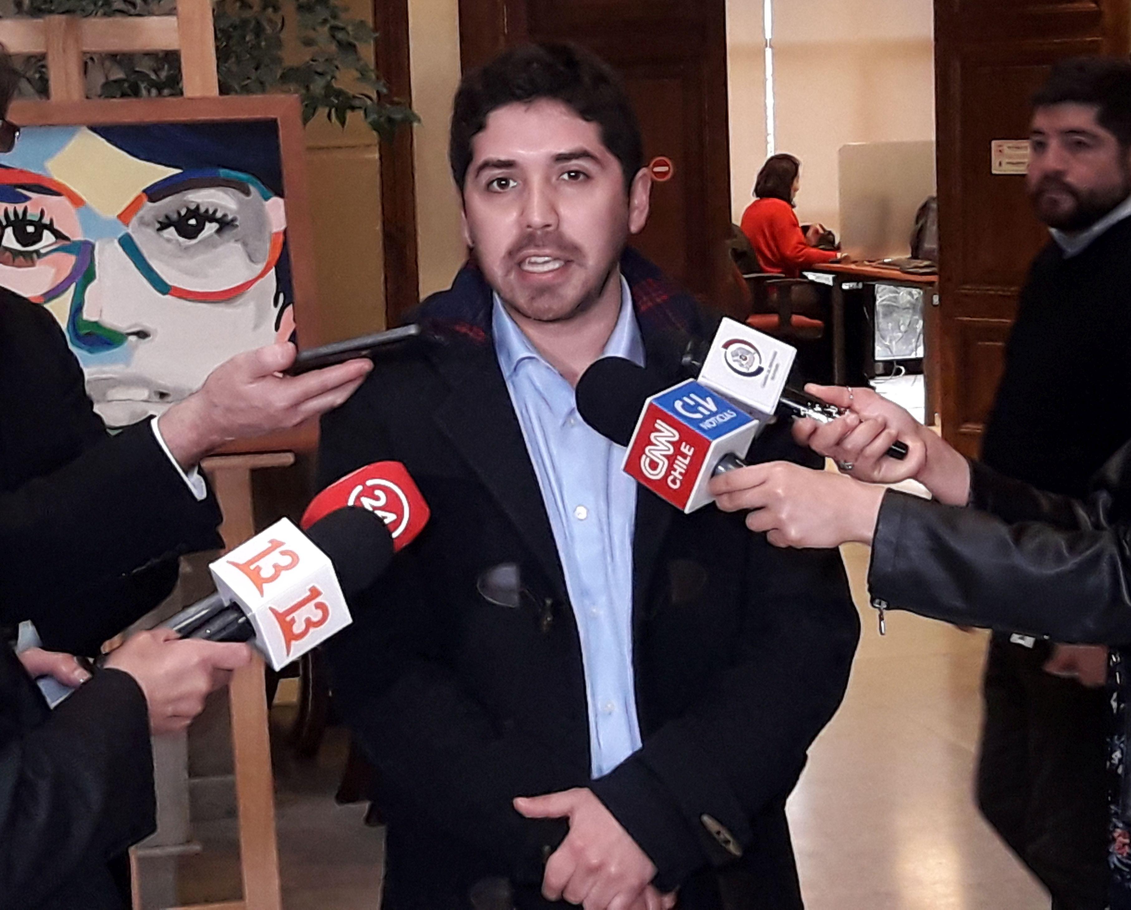 Diputado Juan Santana, es el nuevo presidente de la Juventud Socialista
