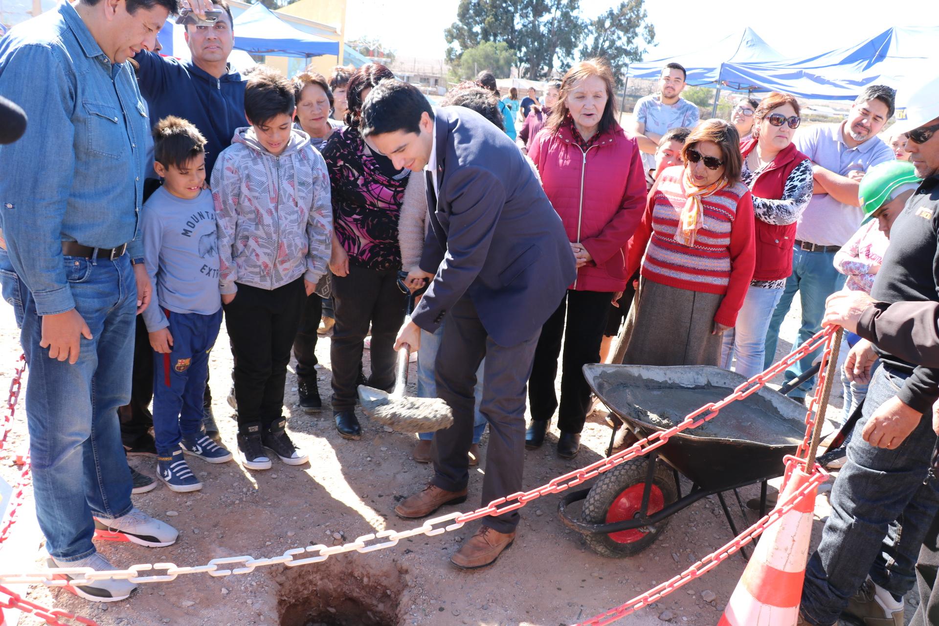 En Vallenar se construirán dos nuevos campos deportivos