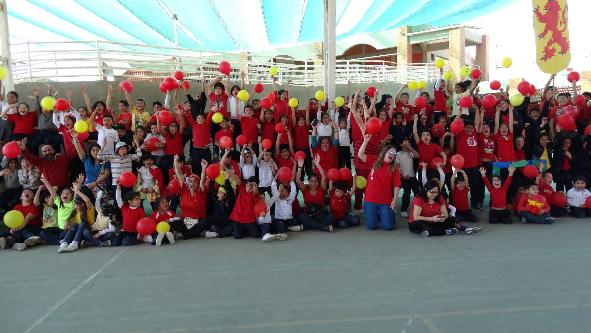 Escuela de Vallenar rescata tradicional competencia de balsas en río Huasco (ver video)