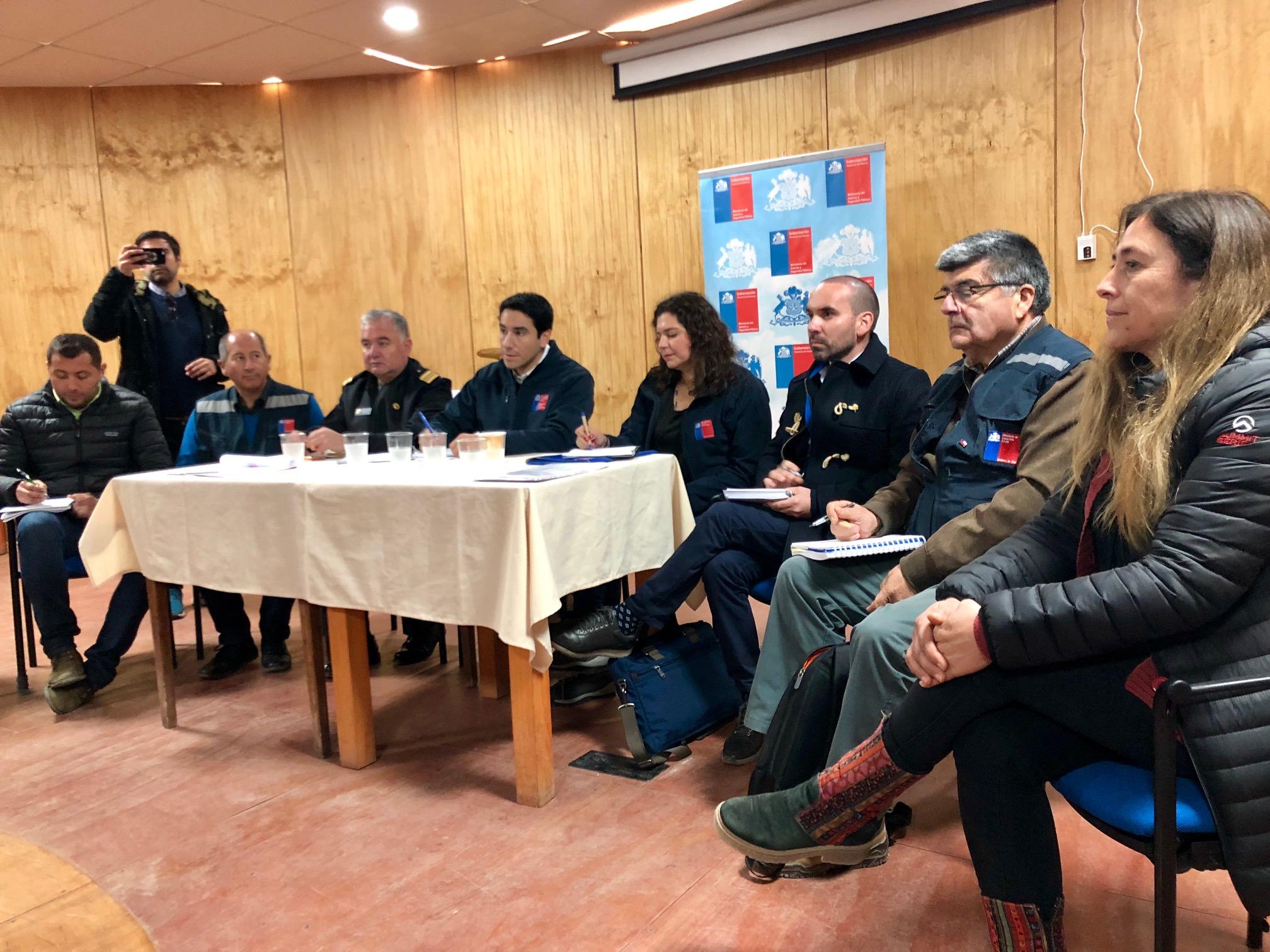 Seremi de Bienes Nacionales resolvió dudas en diálogo ciudadano realizado en caleta Chañaral de Aceituno