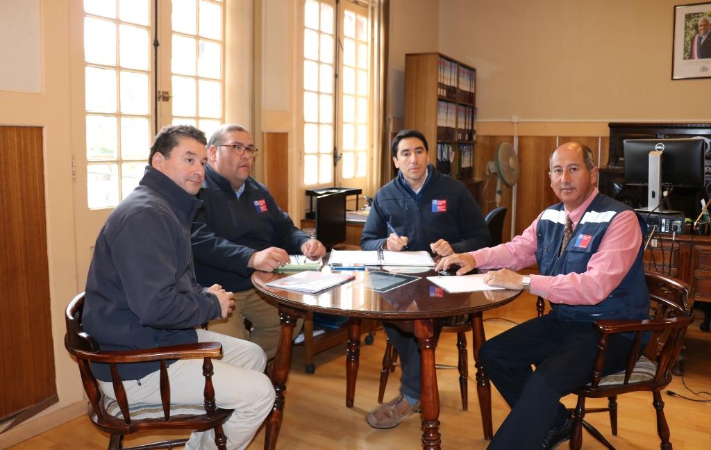 Seremi de Energía y Gobernador de Huasco analizan procedimientos ante corte de luz en Alto del Carmen y Vallenar