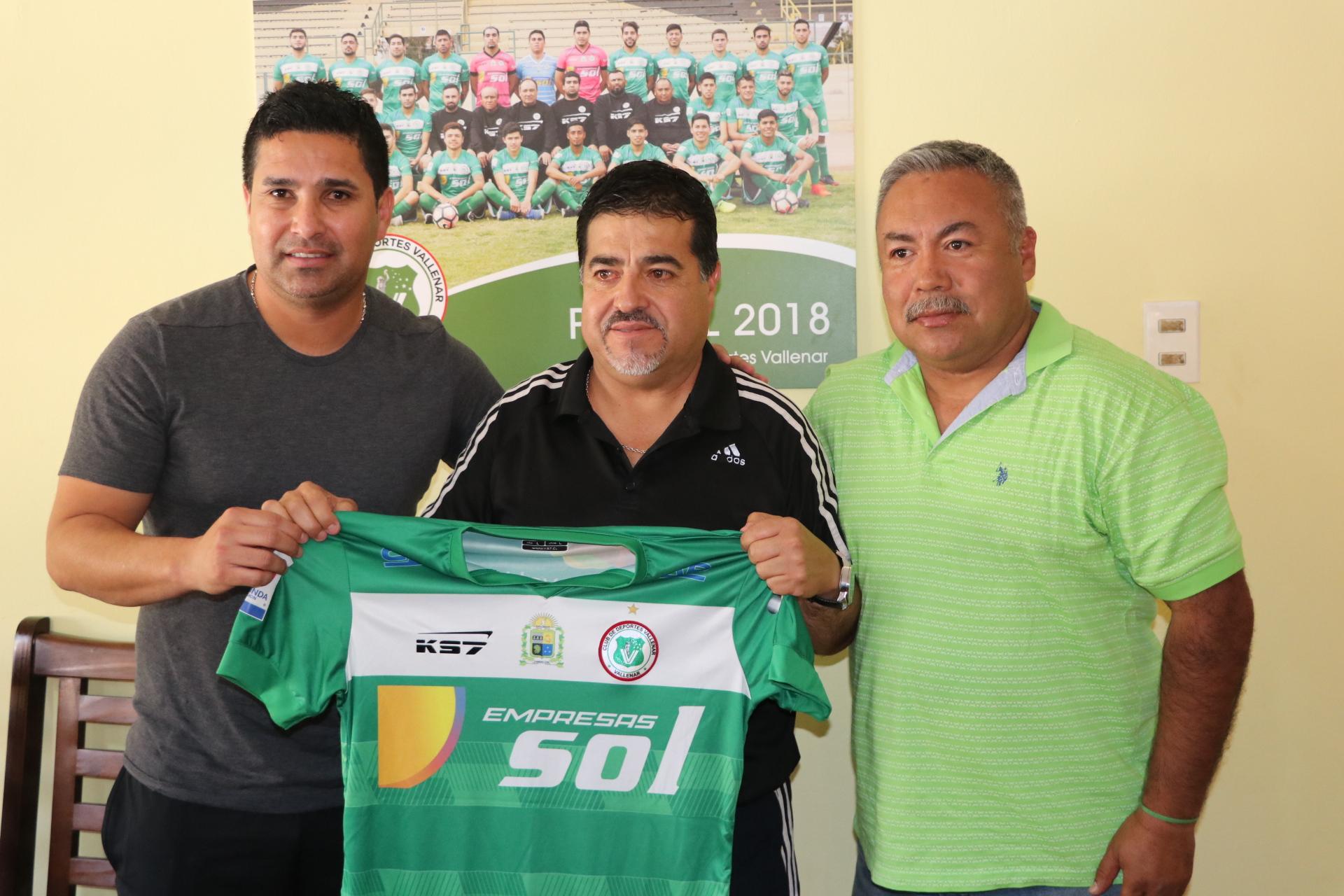 Gerardo Silva, el técnico que viene a buscar el ascenso con Deportes Vallenar