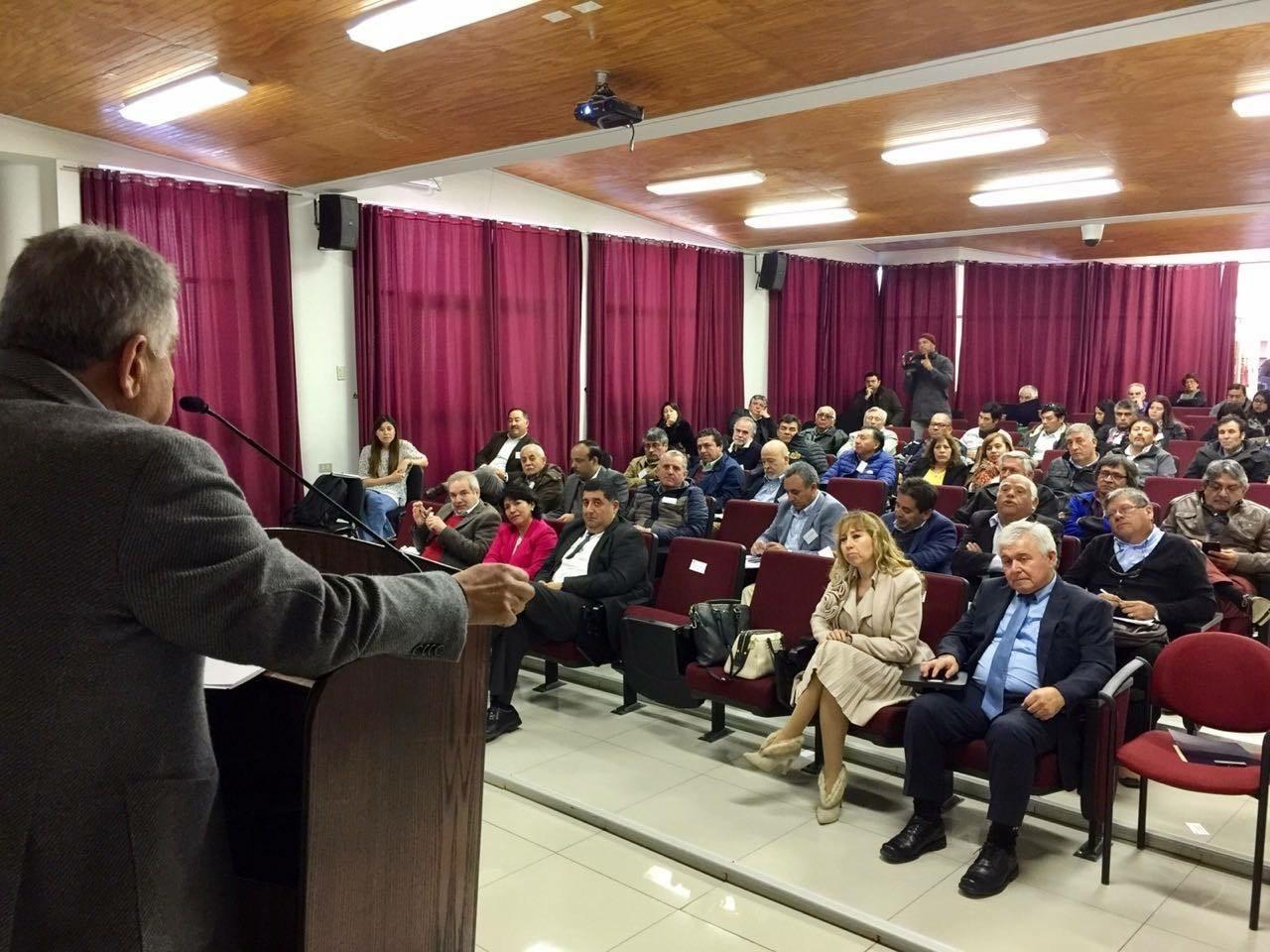 Comisión de Minería y Energía del Senado realizó seminario para la Pequeña Minería en Atacama