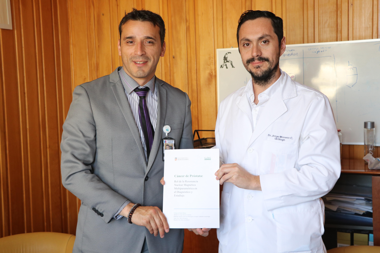 Médico del HPH se titula como subespecialista en Uroncología en el extranjero