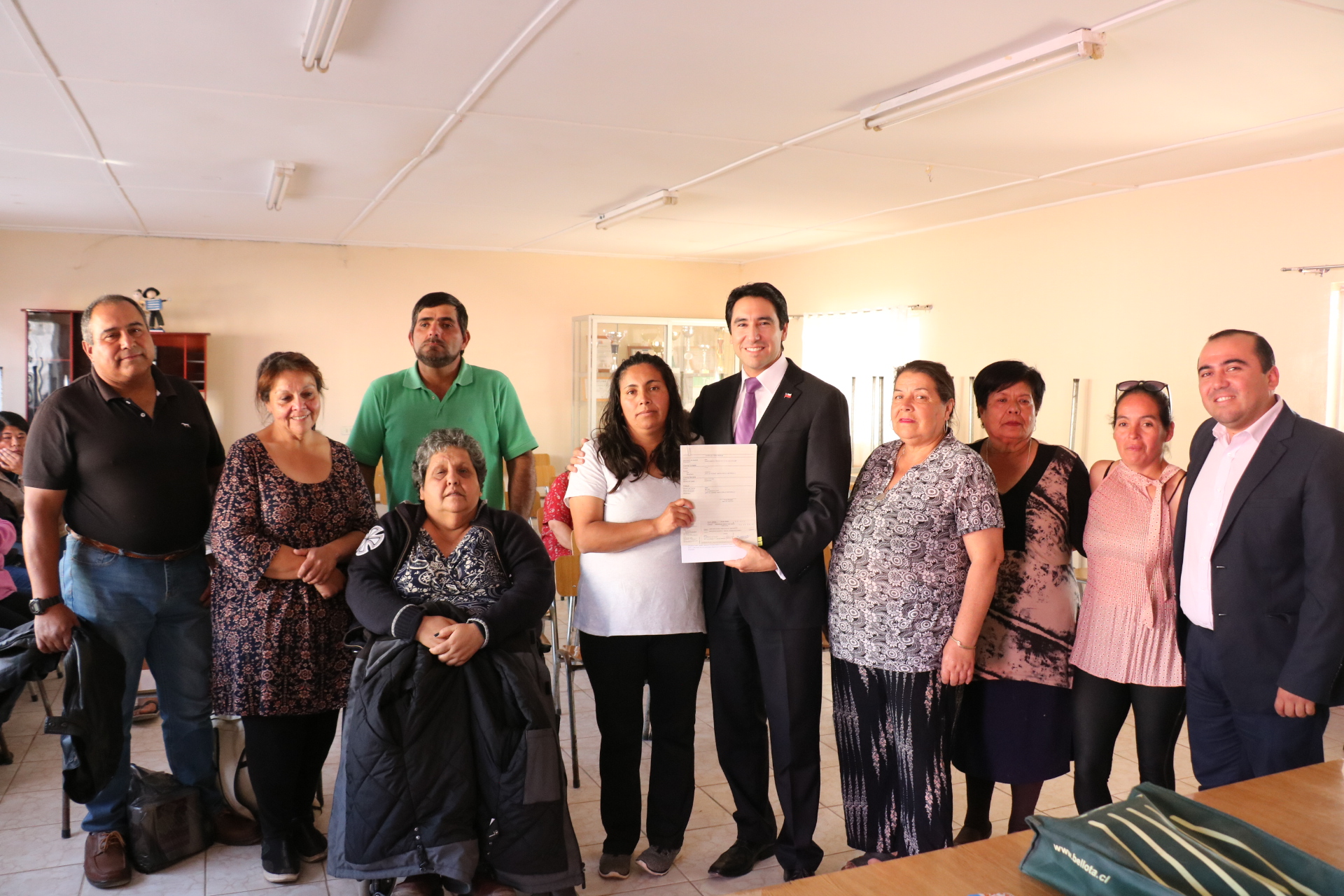 Entregan recursos a organizaciones sociales en Vallenar y Freirina
