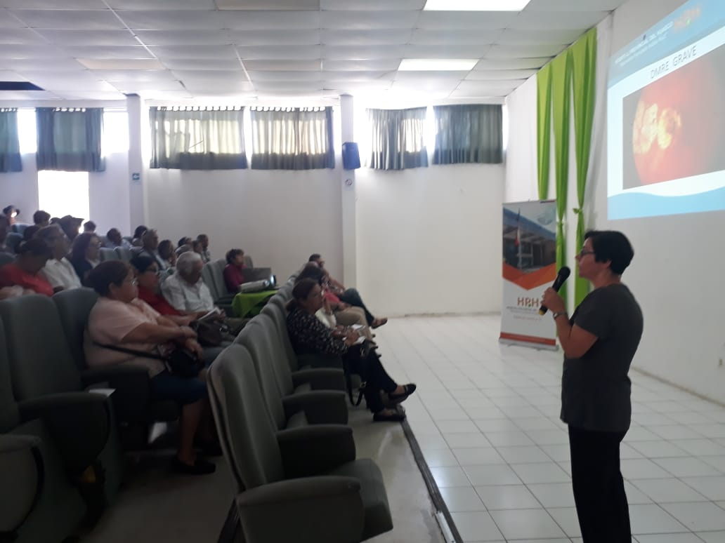 """Especialistas del Hospital Provincial del Huasco exponen en """"II Seminario para Personas Mayores"""""""