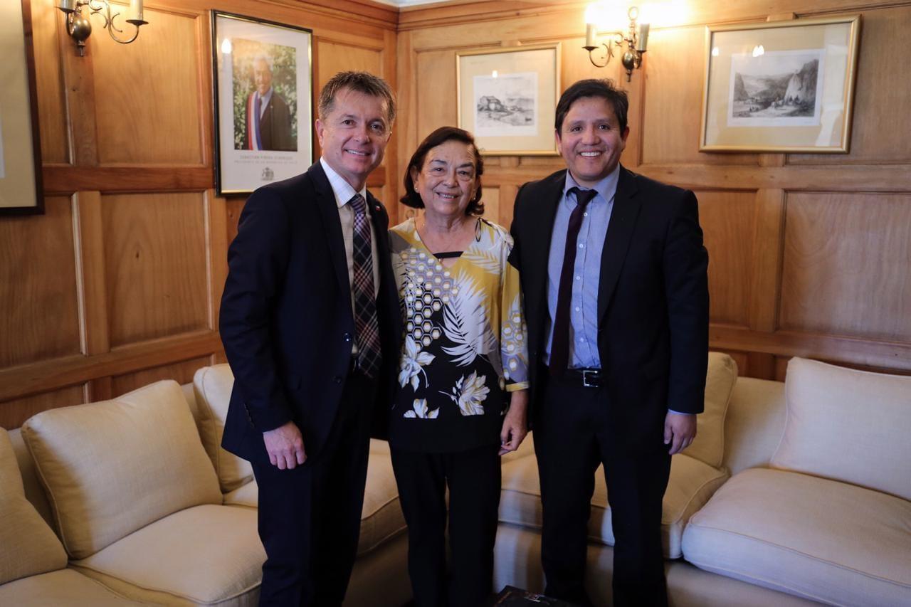 Alcaldesa de Alto del Carmen sostuvo reunión con Subdere en Santiago