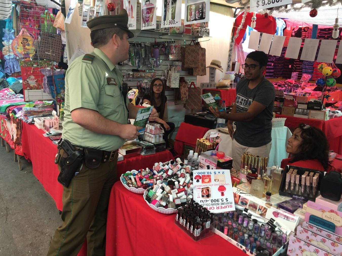 Carabineros de Vallenar previene comercialización de fuegos artificiales