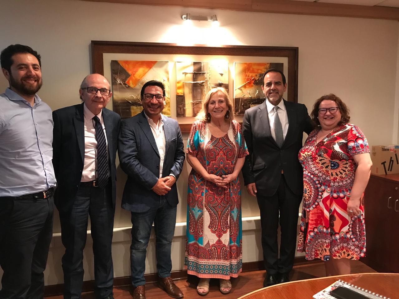 Mulet (FREVS) sale en busca de médicos especialistas para Atacama y prepara acuerdo con la Universidad de Santiago