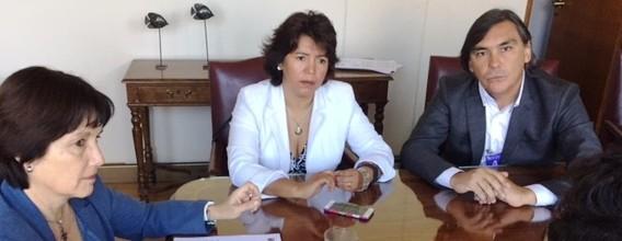 """Senadora Provoste respalda gestión del alcalde de Huasco y advierte indicios de """"golpe blanco"""" y utilización sesgada de la información por el oficialismo"""