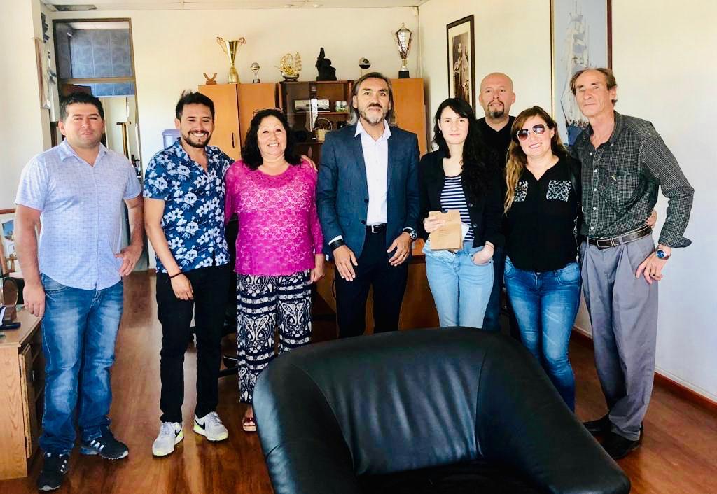 Municipio de Huasco se compromete con apoyo a estudiante que logró primer lugar en carrera de Pedagogía
