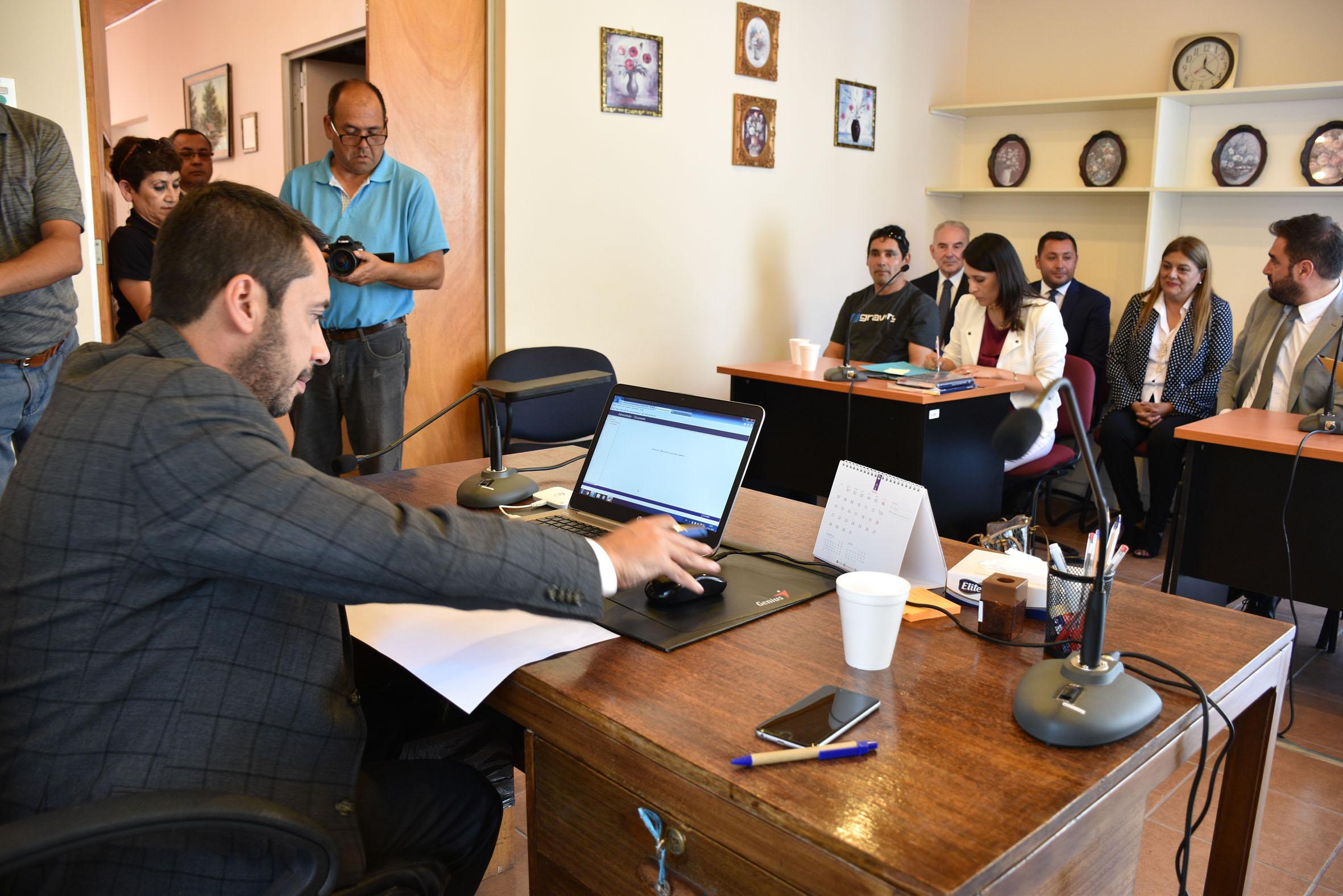"""Presidente Sandoval en inauguración de tribunal itinerante: """"Puede ser el inicio de un juzgado con competencias plenas para Alto del Carmen"""""""