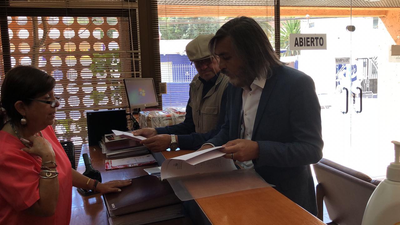 Alcalde de Huasco entrega totalidad de documentos que respaldan gestión municipal a Contraloría General de la República