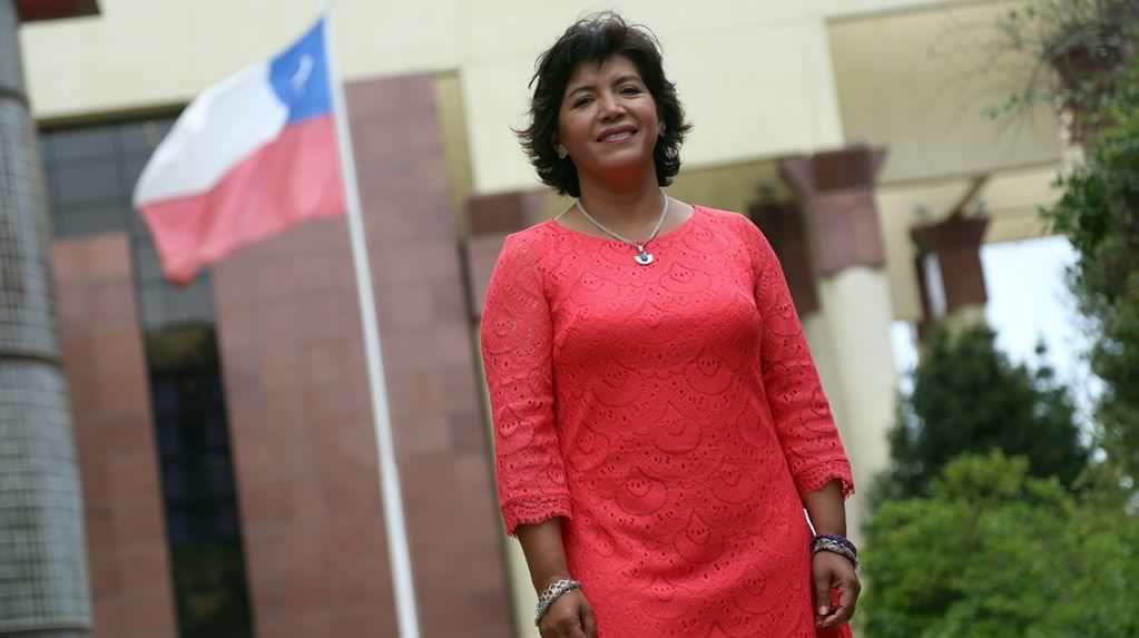 Senadora Provoste se refiere al alcalde Loyola y a las polémicas suscitadas en el último tiempo