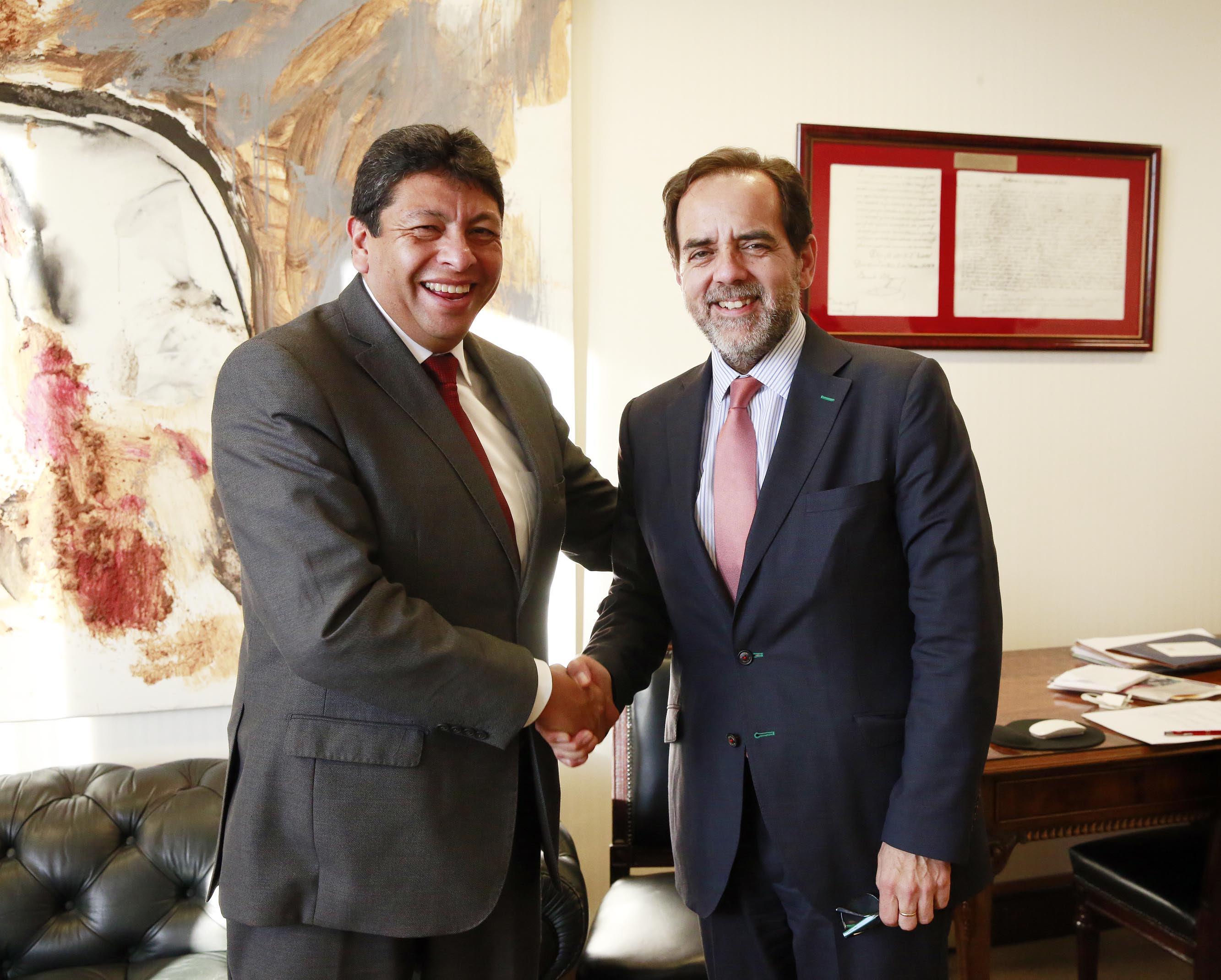 Autoridades de oposición instan al Gobierno a nombrar o ratificar pronto al nuevo Intendente