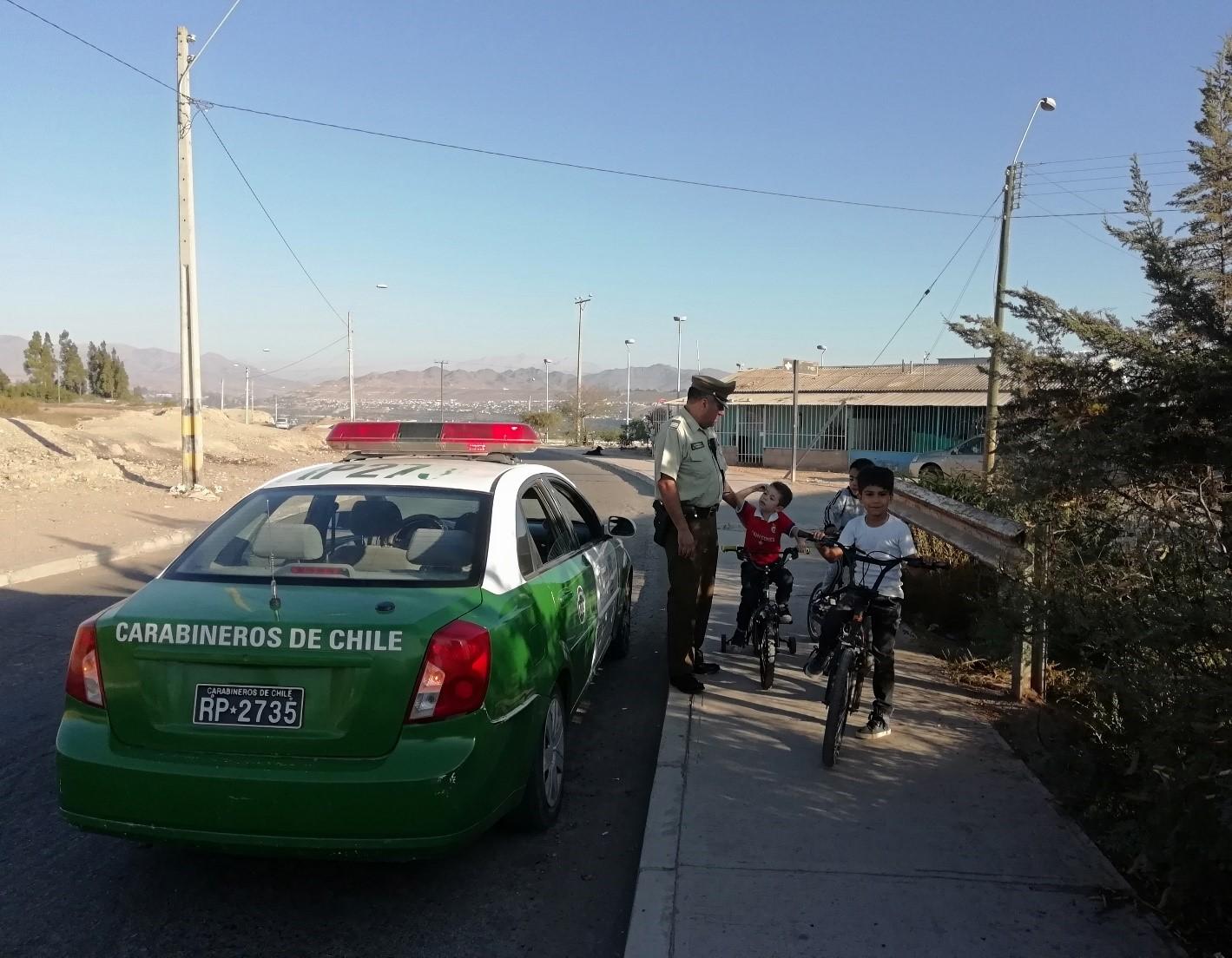 Carabineros de Vallenar fiscaliza y educa sobre el buen uso de la bicicleta