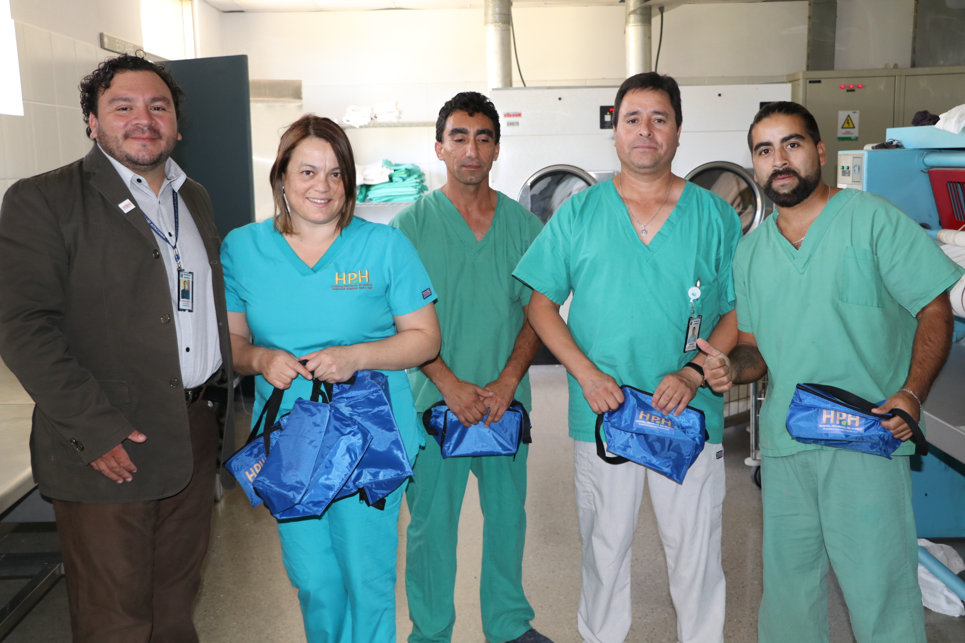 DESTACAN EN SU DÍA LA LABOR QUE CUMPLEN LOS AUXILIARES DE SERVICIO DEL HOSPITAL PROVINCIAL DEL HUASCO