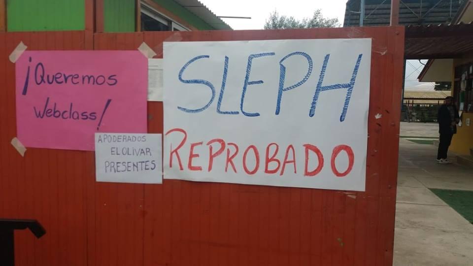 Casi mil alumnos sin clases en Huasco por paro indefinido de comunidad educativa