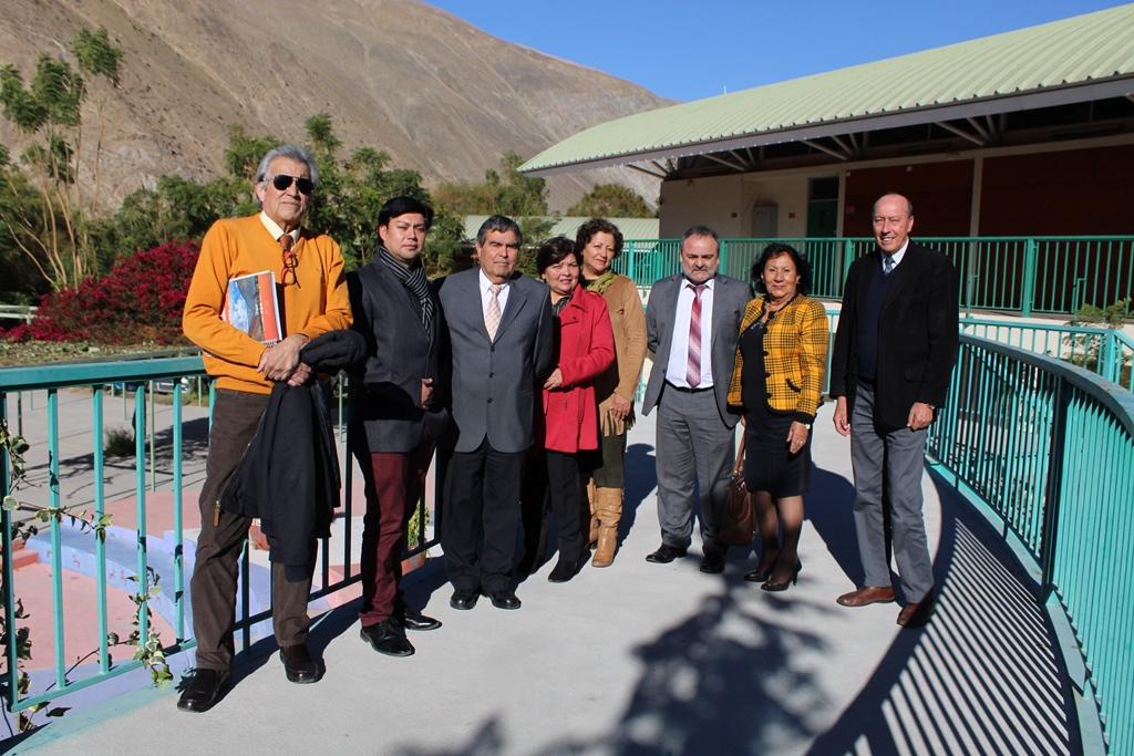 Positiva reunión entre Director Ejecutivo del SLEP Huasco y directores de Alto del Carmen