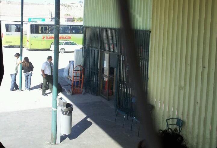 Mecánico fallece en terminal de buses cuando realizaba arreglos en máquina
